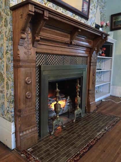 Eastlake Mantle Restoration – A Genesee House